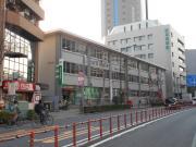 プラザ練馬 1K/1階の周辺 ライフココネリ練馬駅前店700m