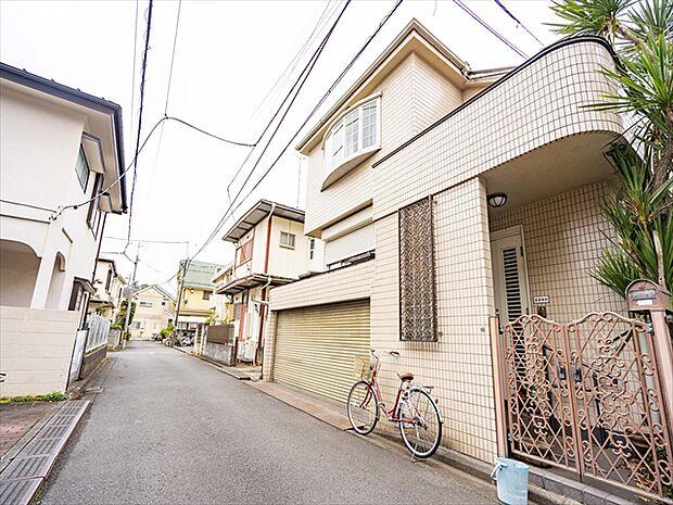 京王線 府中駅よりバス約10分 新町一丁目バス停下車 徒歩3分