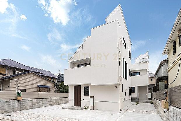 東急東横線 学芸大学駅より 徒歩11分