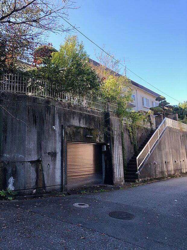 阪急宝塚線 宝塚駅より 徒歩22分