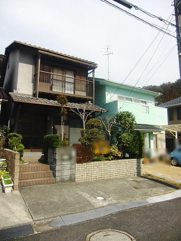 JR東海道本線 石山駅よりバス約15分 南郷バス停下車 徒歩10分