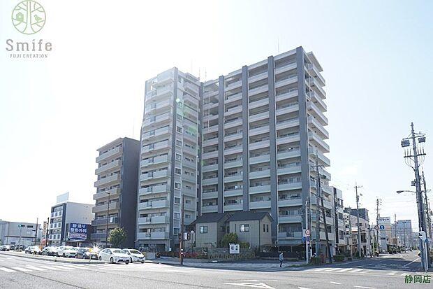 エンブル・ガーデン吉野町8階