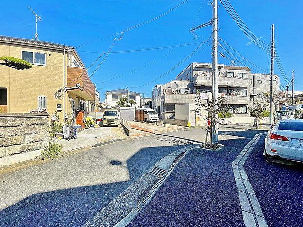 都営新宿線 篠崎駅より 徒歩22分