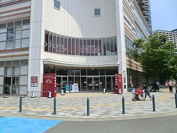 周辺環境:スーパー 100m foodium武蔵小杉店 foodium武蔵小杉店まで徒歩2分です