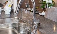 ビルトイン式浄水器一体型混合水栓